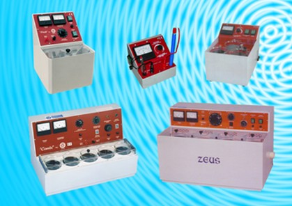 Banchi pulitrice, Banchi Aspirazione e Buratti/Polishing and vacuum benches, Tumblers